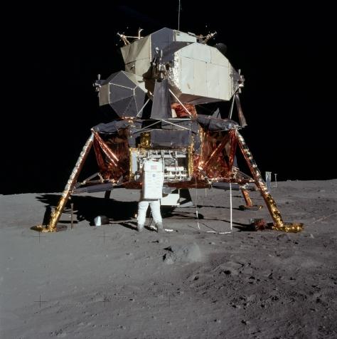 Aldrin al lavoro sul LEM