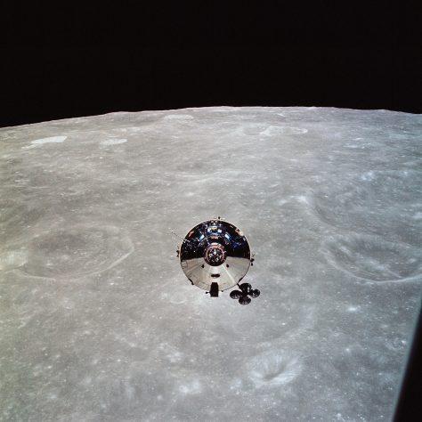 Il modulo di comando Apollo 11 visto dal LEM