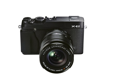 X-E2_Black_Front_High_angle_18-55mm-r78