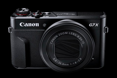 G7X_Mark_II Gallery Front BK Beauty-s