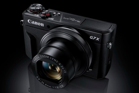 G7X_Mark_II Gallery FST BK Beauty-s