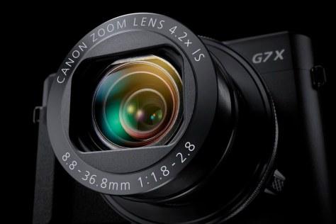 G7X_Mark_II Gallery Lens Out BK Beauty-s