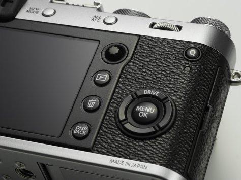 x100f_silver_image03